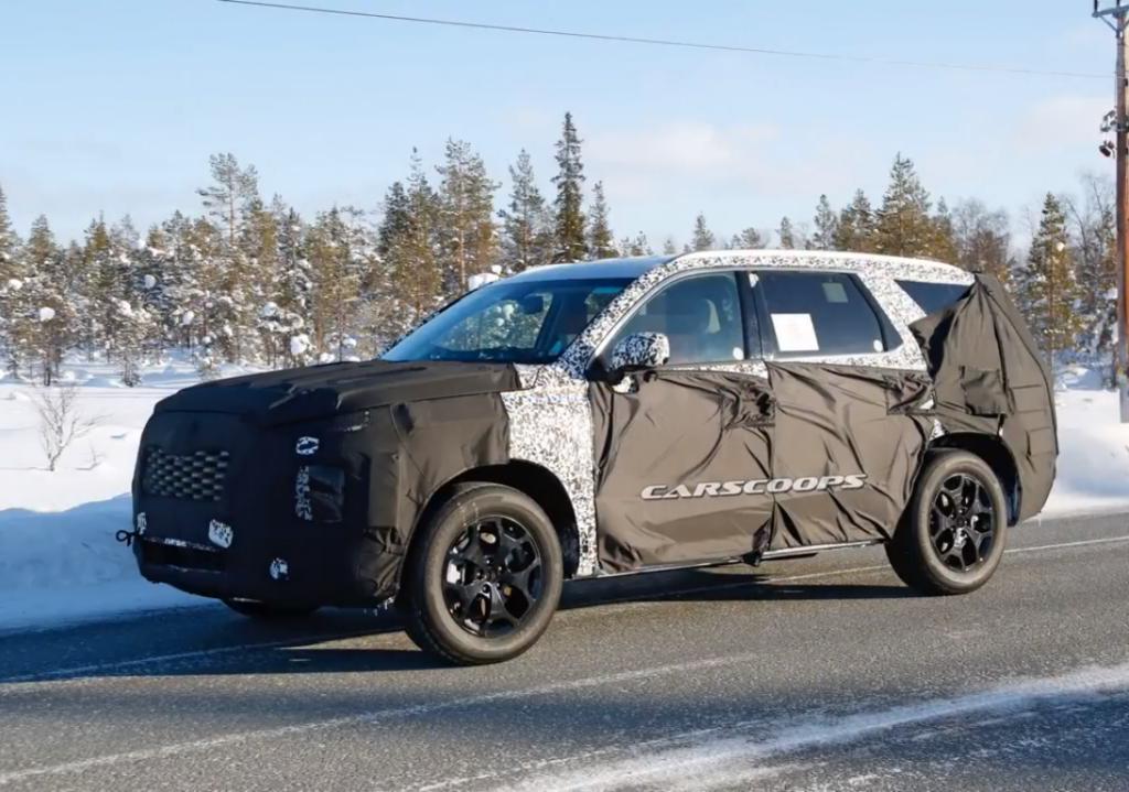 Hyundai выпустят восьмиместный гибридный кроссовер в 2019 году