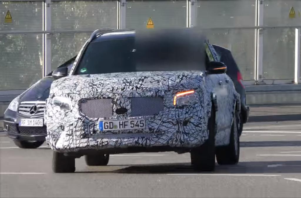 Новый Mercedes-Benz GLC был замечен во время тестов