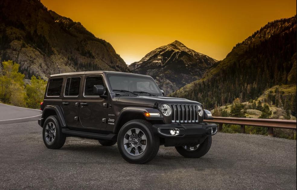 Официальные фото рассекретили дизайн нового Jeep Wrangler 2018