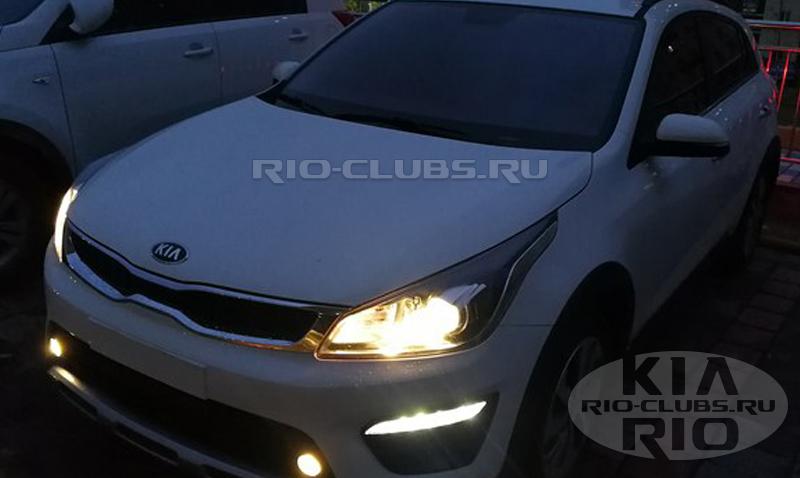 Опубликованы первые «живые» снимки нового Kia Rio X-line для России