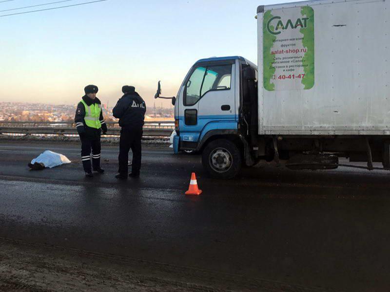 Пьяную женщину-пешехода сбили на Иннокентьевском мосту в Иркутске