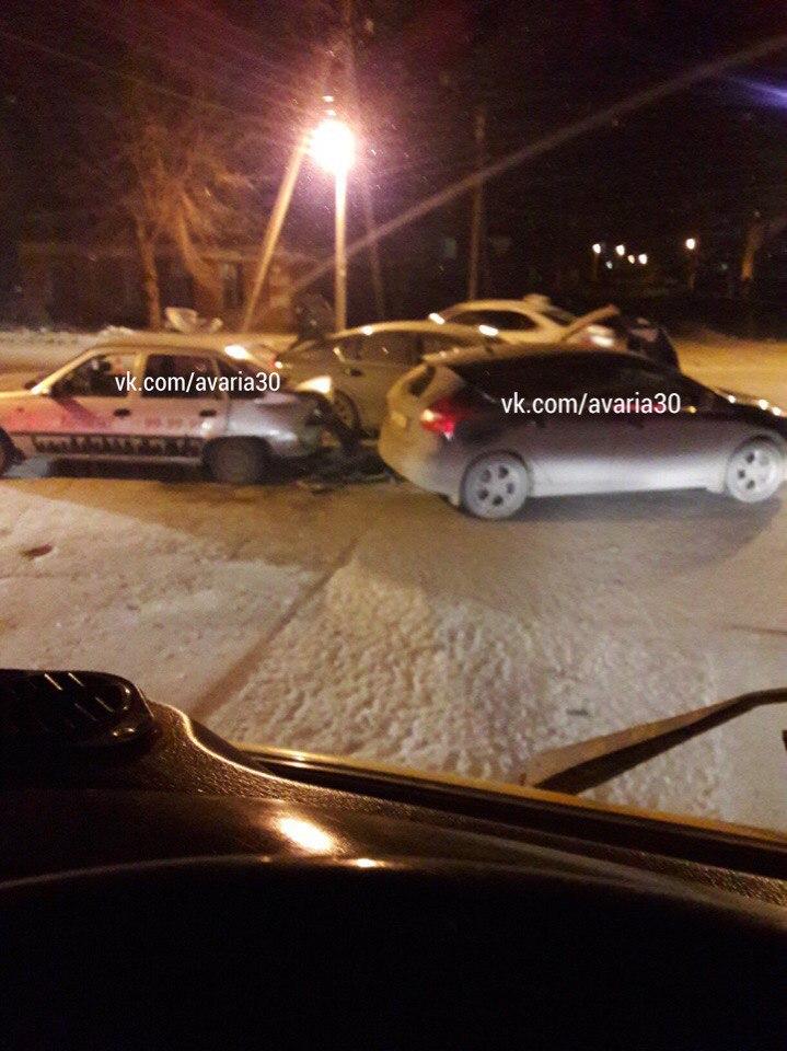 Тройное ДТП в Астрахани устроил пьяный водитель «Daewoo Nexia»