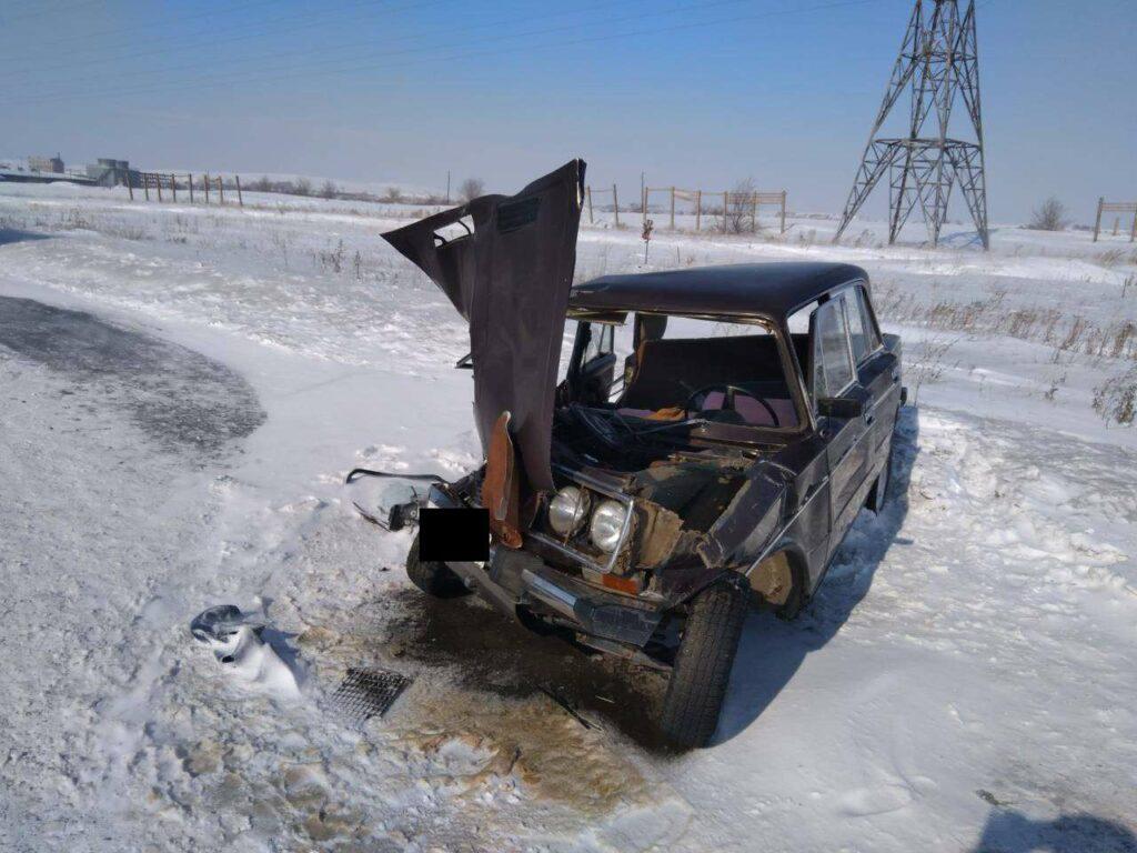 Мужчина погиб в жутком ДТП грузовика и легковушки в Орске