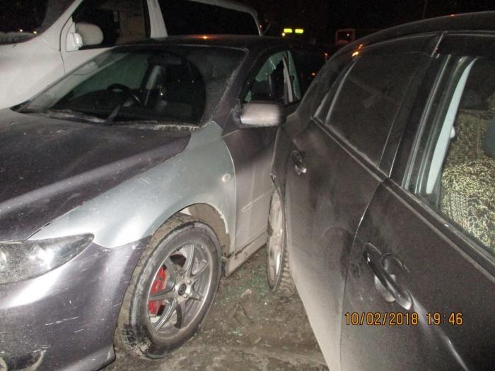 Массовое ДТП на парковке устроил неадекватный водитель