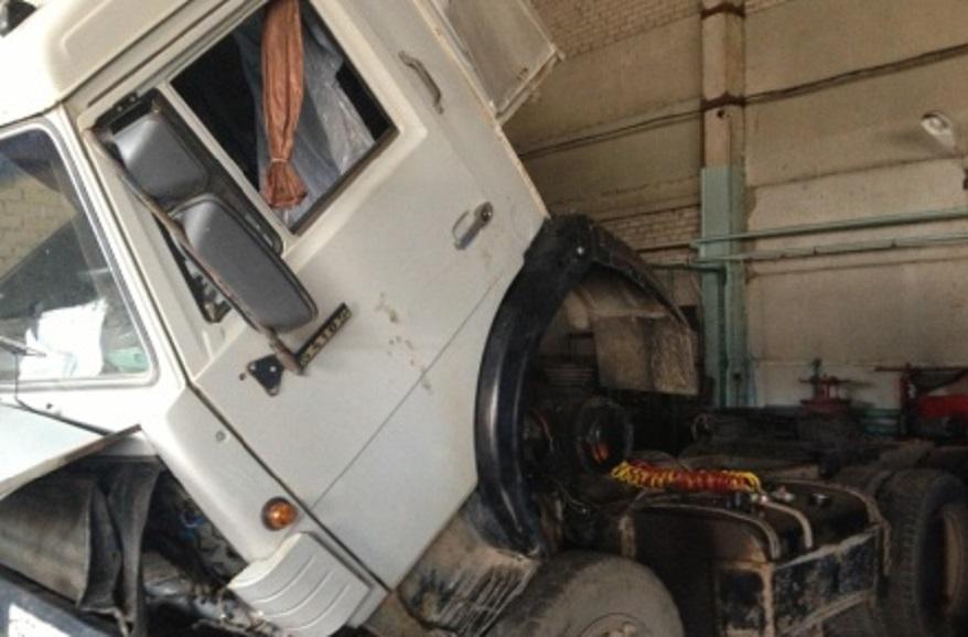 Водителя МАЗа насмерть придавило отвалившейся кабиной в Мордовии