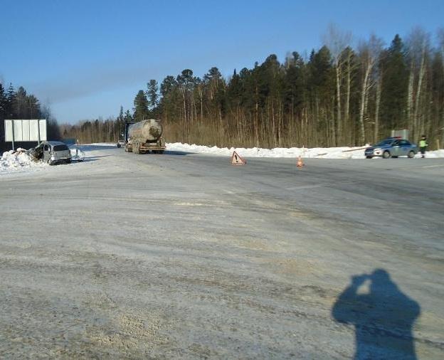 Смертельное ДТП на трассе в Томской области, погибла женщина