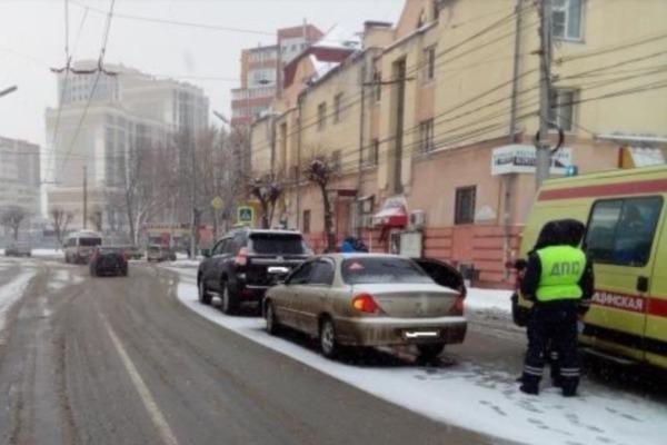 Ребенок пострадал в серьезном ДТП с внедорожником на улице Маяковского