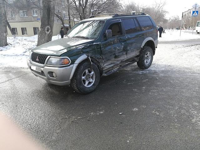 В ДТП с пассажирским автобусом № 29 в Барнауле пострадал мужчина