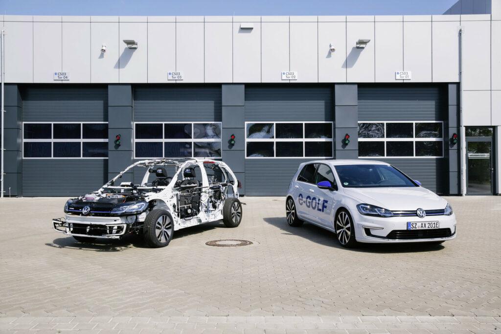 Volkswagen создал «голый» хэтчбек для молодежи