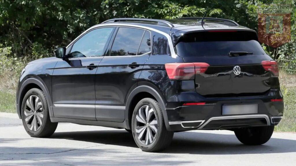 Новый компактный кроссовер Volkswagen T-Cross приобрел «товарный» вид
