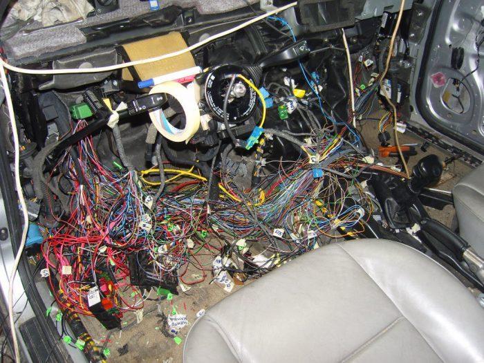 Ремонт электропроводки в автомобиле: особенности технологии, признаки неисправностей