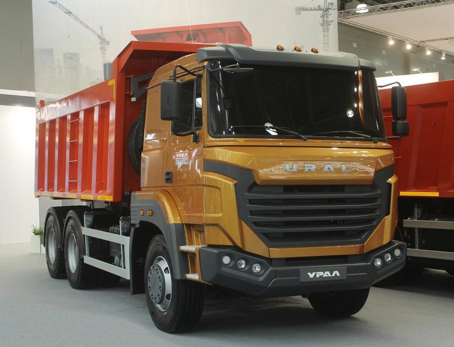 «Урал» рассекретил новый «бескапотный» грузовик