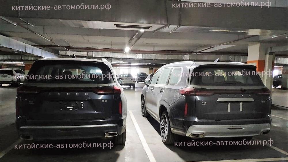 В России запечатлели салон нового флагманского кроссовера CheryExeed VX