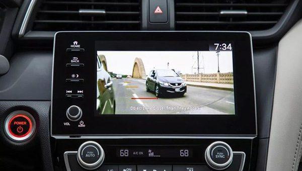 Honda начала продажи гибрида Honda Insight нового поколения