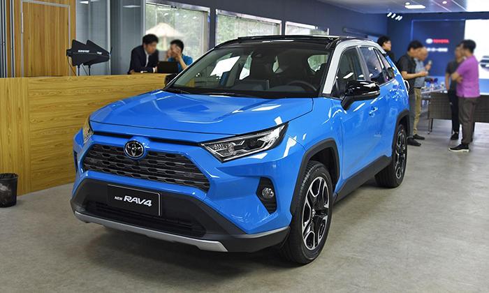 Toyota назвала характеристики паркетника Wildlander на базе RAV4
