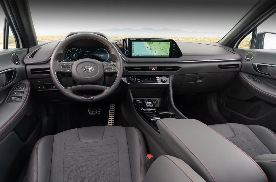 Hyundai частично рассекретила спортивный седан Sonata N-Line