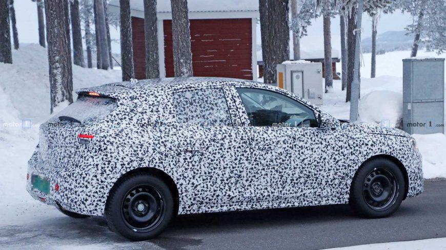Новый Opel Corsa замечен на тестовых испытаниях