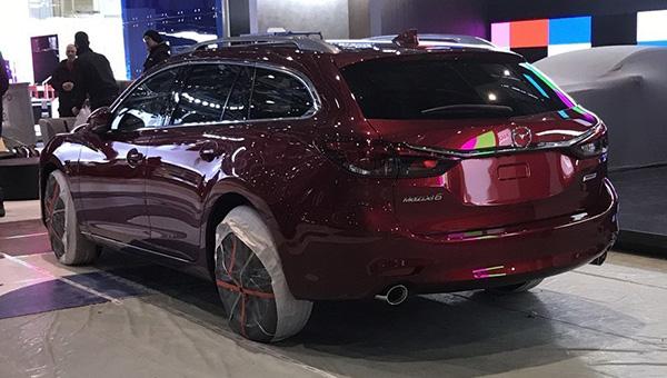 Появились первые «живые» фотографии обновленного универсала Mazda 6