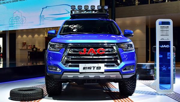 Компания JAC озвучила цены на новый пикап JAC T8