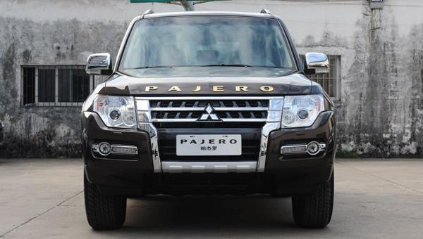 В Mitsubishi выпустили спецверсию Pajero в честь столетия