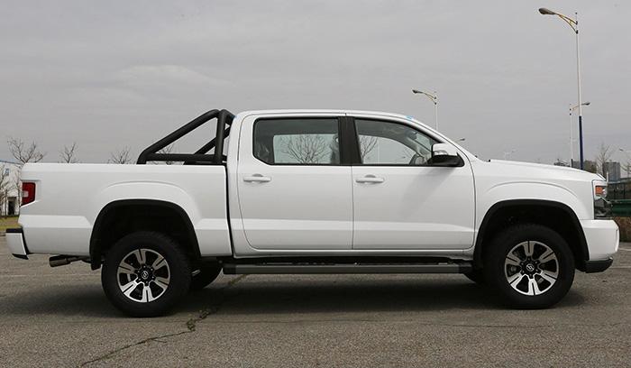 Китайская копия пикапа Chevrolet Silverado оценена в 1,1 млн рублей