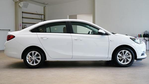 Buick оценила топовый седан Buick Excelle дешевле Kia Rio и Hyundai Solaris