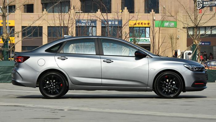 Новый Chevrolet Monza стал пользоваться отличным спросом