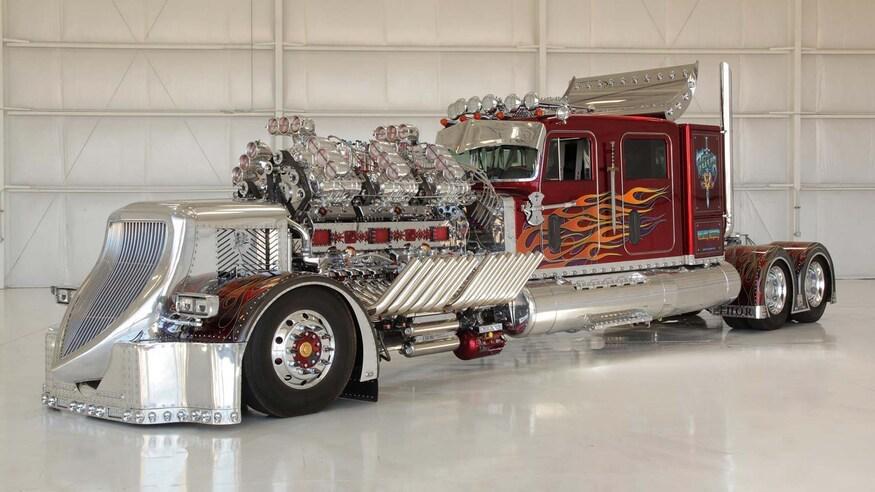 3500-сильный тягач с 27,9-литровым двигателем показали в Сети
