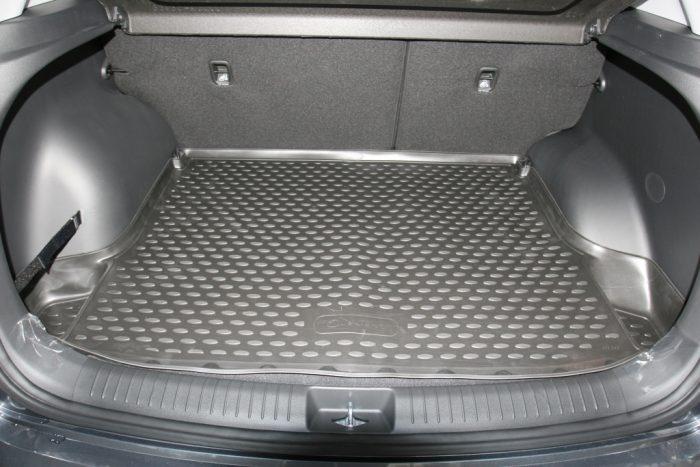Как подобрать коврик в багажник?