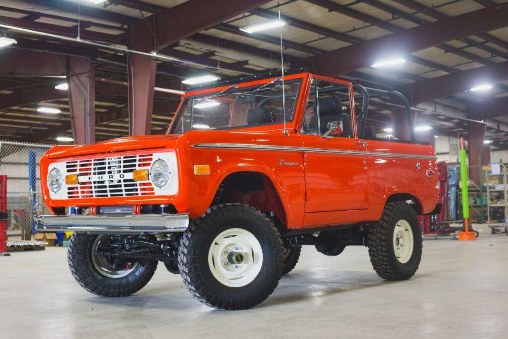 В Ford разрешили возобновить выпуск Bronco первого поколения