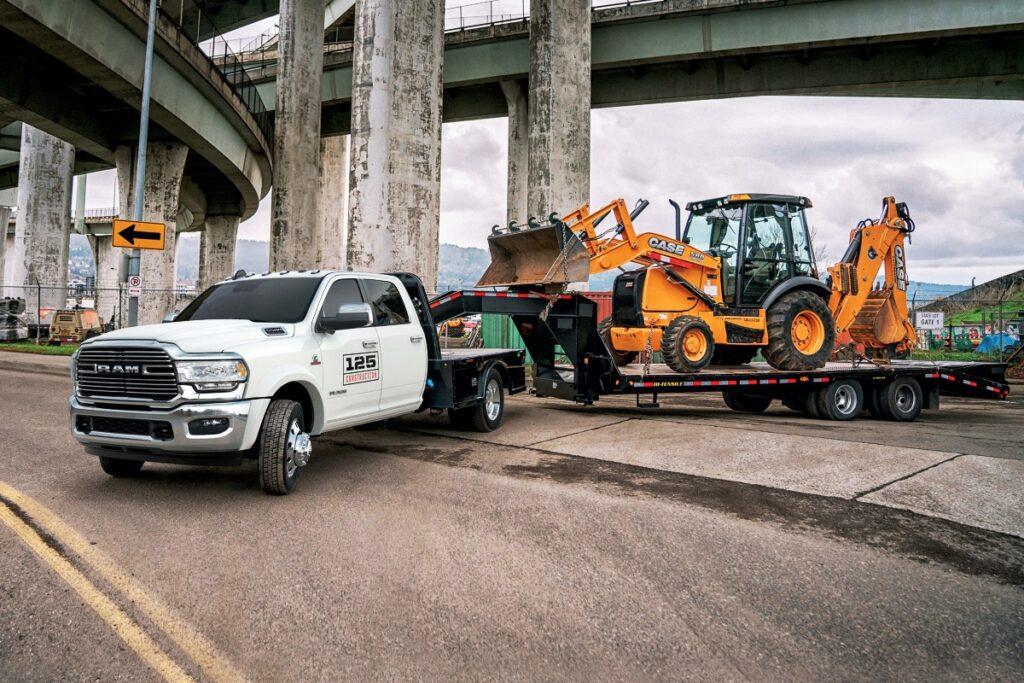 Ram обновила свои грузовые автомобили Chassis Cab