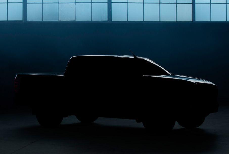 Mazda опубликовала первый тизер пикапа Mazda BT-50