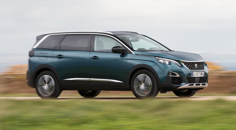 В России стартовали продажи нового Peugeot 5008