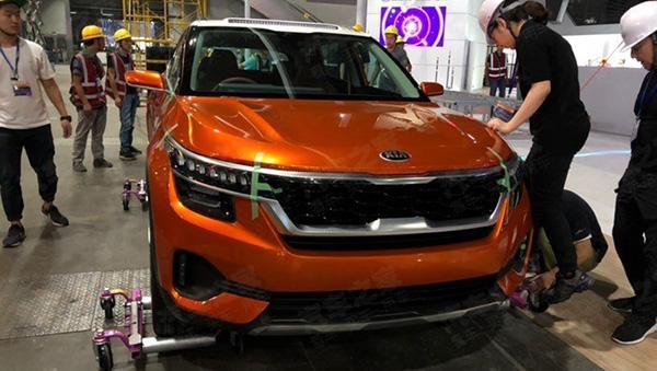 Новый бюджетный кроссовер KIA SP представят на автосалоне в Китае
