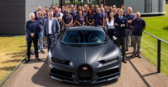 Bugatti выпустил двухсотый экземпляр модели Chiron