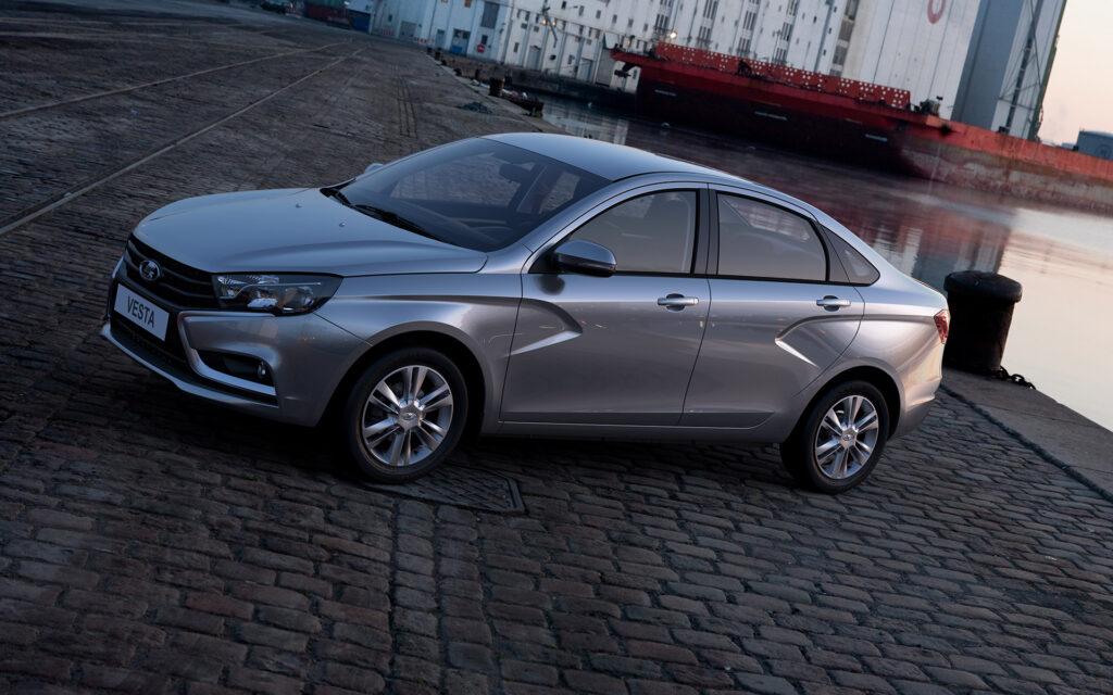 АЕБ: Lada Vesta стала самой популярной новой машиной у россиян в январе