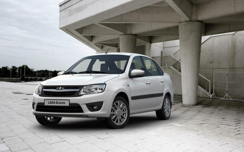 Новую Lada Granta создадут на общей платформе с Renault Logan