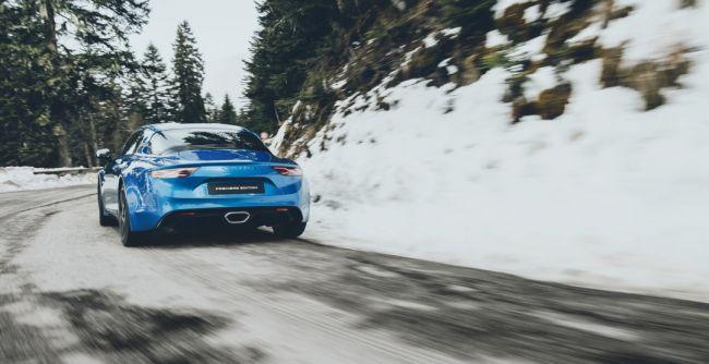 Alpine A110 назван лучшим автомобилем для геев в 2019 году