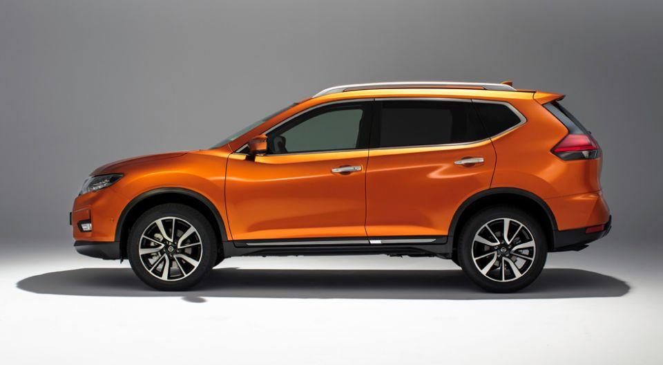 В России в продажу поступил обновленный кроссовер Nissan X-Trail