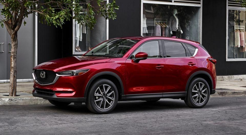 Продажи автомобилей Mazda в России в ноябре выросли на 43%