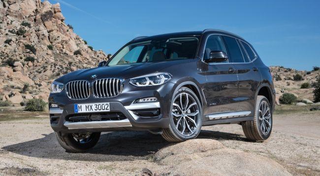 Компания BMW начала продажу нового кроссовера BMW X3 в России