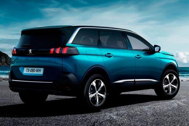 Новый кроссовер Peugeot 5008 ставит новые рекорды продаж