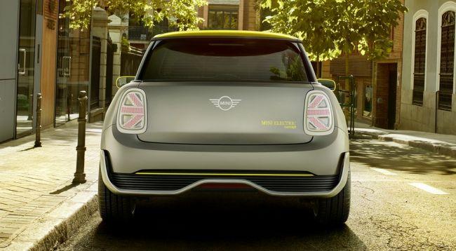 Электромобиль MINI Cooper S появится в продаже в России в 2022 году