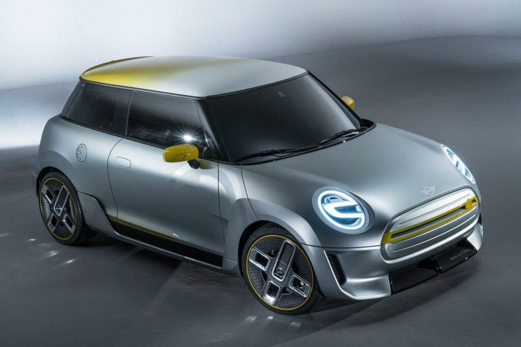 Первый электромобиль Mini получит оснащение от BMW i3s