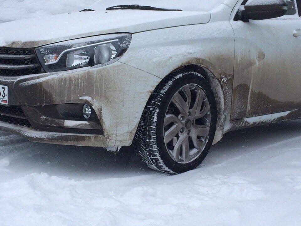 Спортивная Lada Vesta замечена на испытаниях в Сургуте