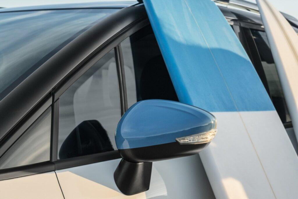 Citroen представил юбилейную версию Citroen C3 Aircross Rip Curl