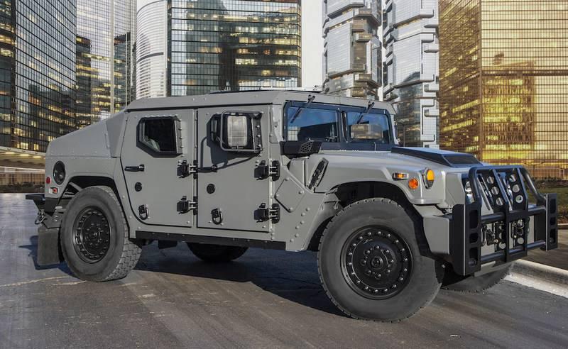 АМ General представила бронированный внедорожник Humvee NXT 360