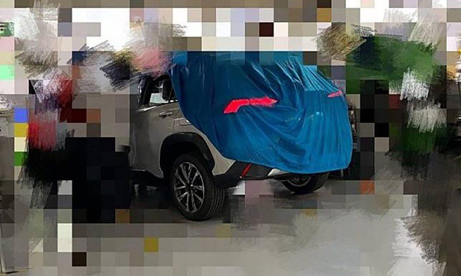 Новый кроссовер Toyota Corolla Cross показали на фото