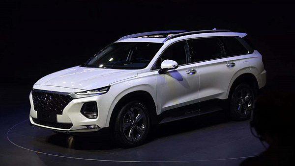 Удлиненный Hyundai Santa Fe 2019 получил сканеры отпечатка пальцев