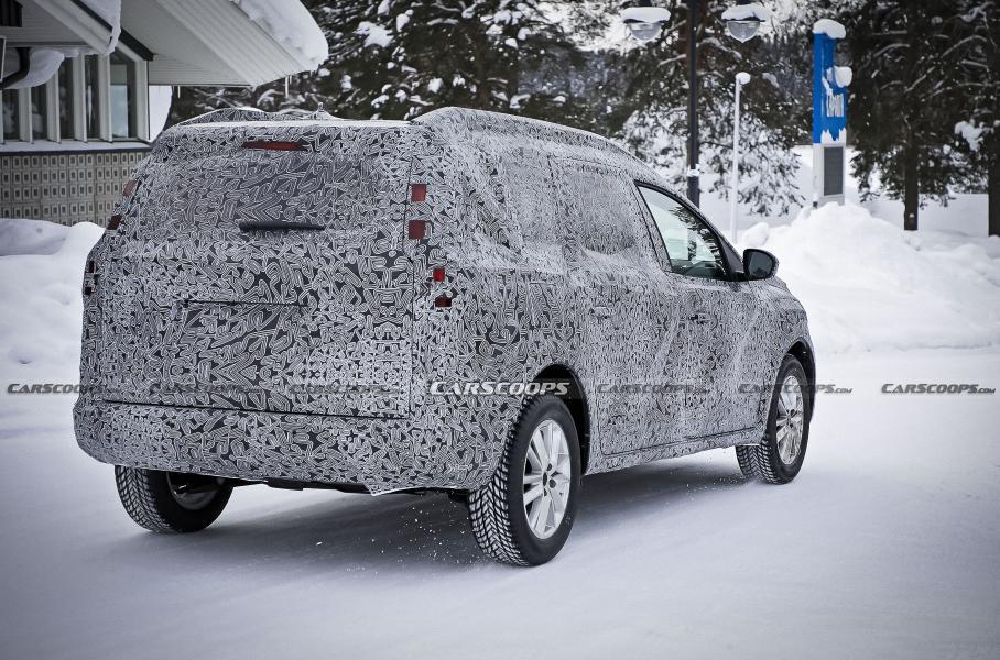 Универсал Dacia Logan нового поколения впервые сфотографировали на тестах